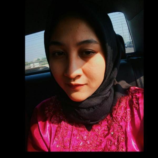 Dina Fitriah